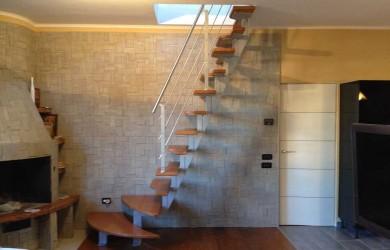 scala a giorno installata in appartamento