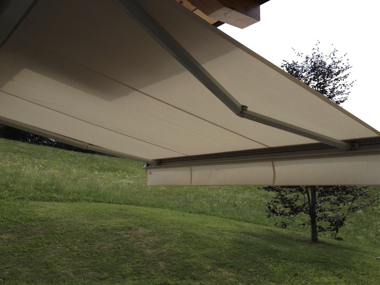 tenda-da-sole-bracci-per-balcone
