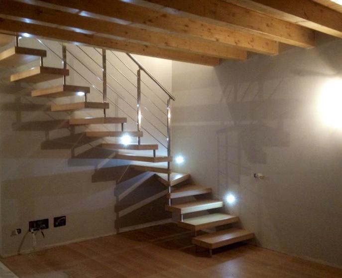 Scala Da Esterno In Legno : Scale prefabbricate in legno per esterno interno di casa