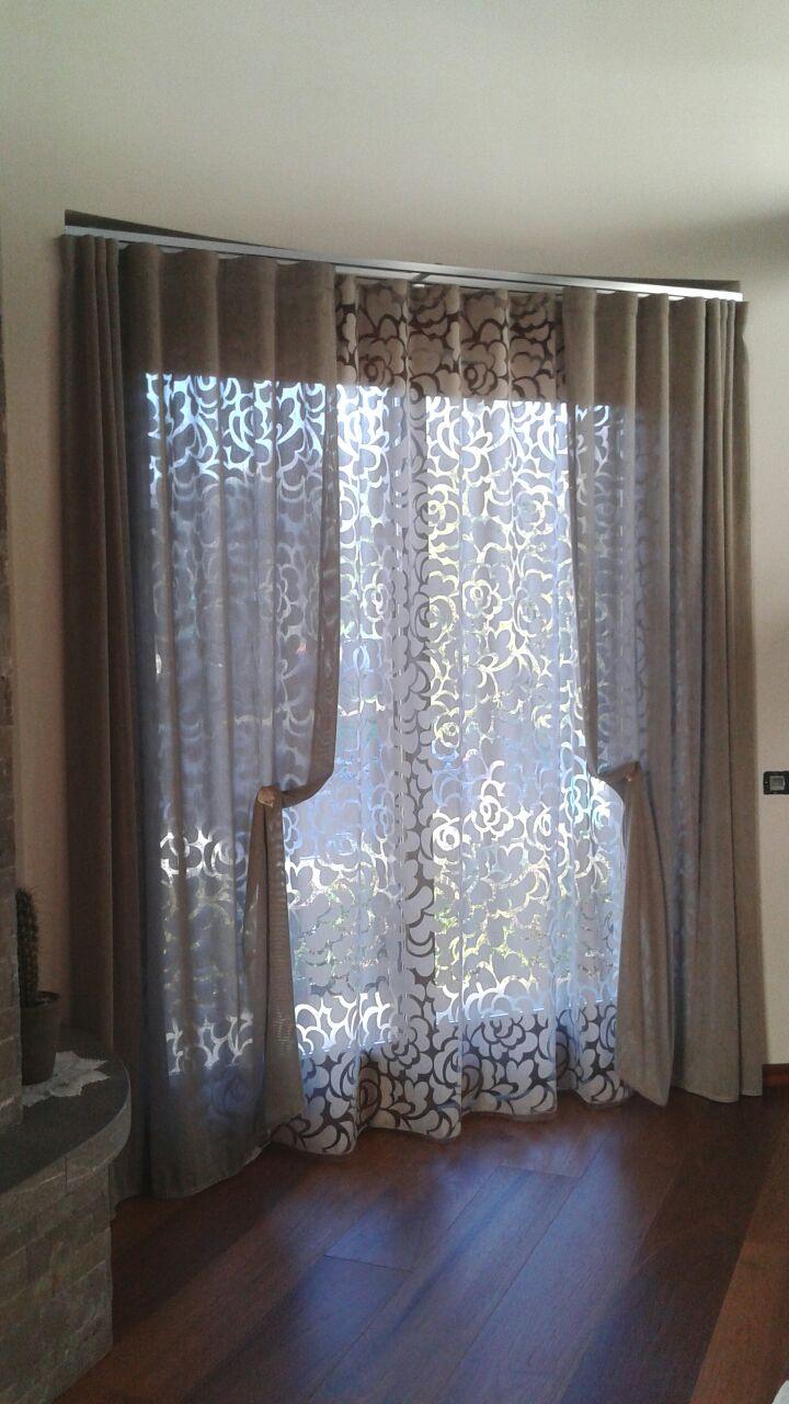 Tendine da bagno best modelli di mantovane per tende for Mantovane per tende bagno