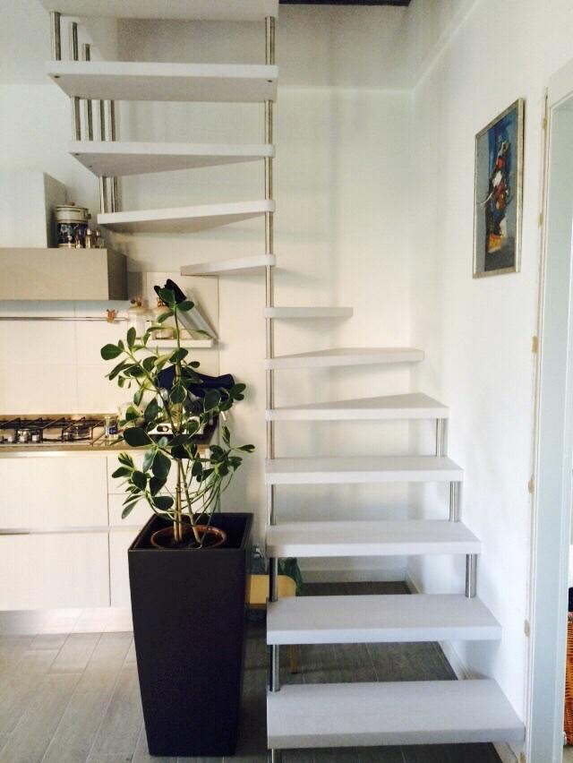 scala-chiocciola-legno-alluminio
