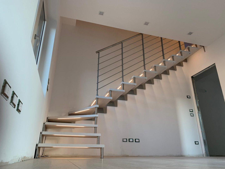scala-giorno-per-interni-legno