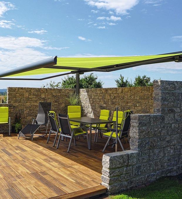 patio con tenda da sole Tenda-motorizzata-markilux