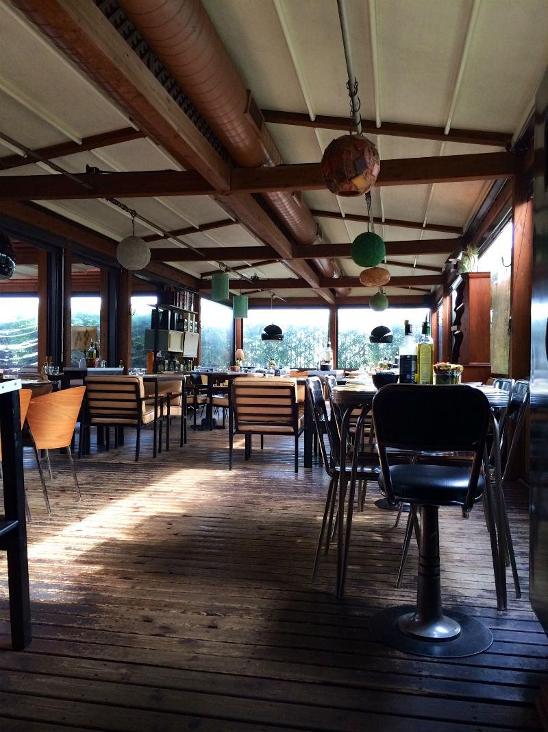 sala-ristorante-con-copertura-speciale