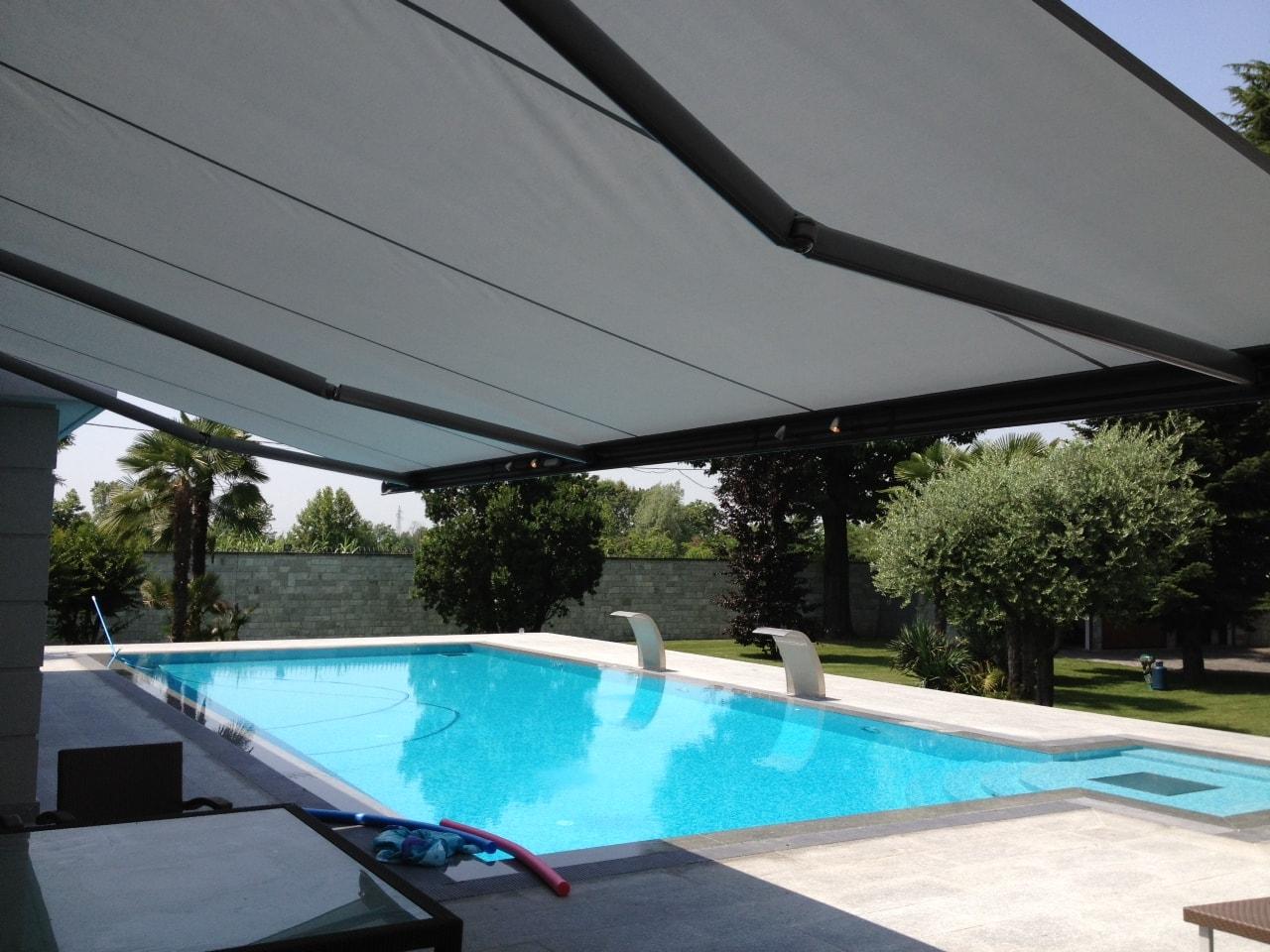 tende-markilux-per-piscina